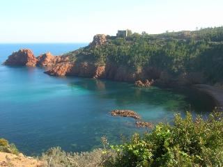 Appart 4 pers. Côte d'Azur mer - Saint Raphaël vacation rentals