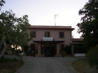 La Corte de l'Arnaque - Tuscania vacation rentals