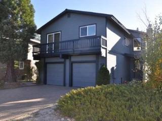 Lake Tahoe Keys Home 4 Bedroom, Sleeps 12 ~ RA1505 - South Lake Tahoe vacation rentals