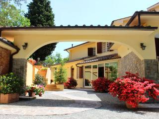 Villa Tre Querce - Monteriggioni vacation rentals