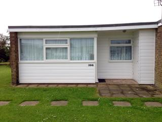 Seagulls Nest RETRO Chalet 398 - Great Yarmouth vacation rentals