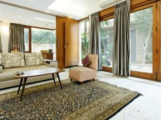 Contemporary, luxurious, garden service apartment - Haryana vacation rentals