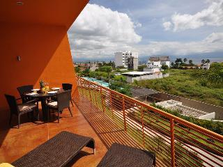 La Joya LJH404 - La Cruz de Huanacaxtle vacation rentals