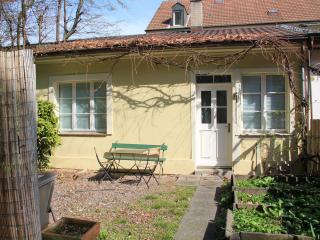Basel Charme Garden Bungalow - Basel vacation rentals