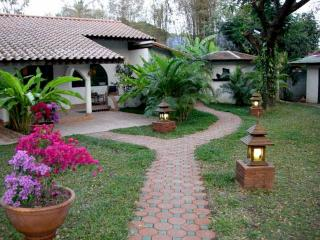 Bougainvillea Bungalow - Chiang Mai Province vacation rentals