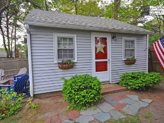 Sand Pebble Cottage-Walk to Beach, Village-Pets Ok - Dennis Port vacation rentals