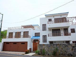 RELAX IN CONTADORA - Isla Saboga vacation rentals