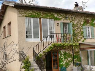 Laytoure Apartment St Victor Rouzaud - Pamiers vacation rentals