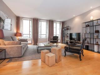Very central 1 bedroom in Saint Germain des Prés - Paris vacation rentals
