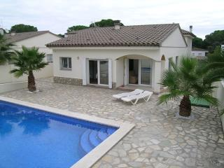 ALEGRA - L'Escala vacation rentals