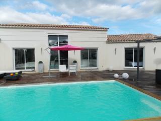 VILLA - Le Beausset vacation rentals