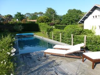 BELLE MAISON VACANCES ANGLET - Anglet vacation rentals