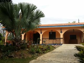 Utuado Mountains/Pool/Wi-fi/Relax - Casa Nube - Puerto Rico vacation rentals