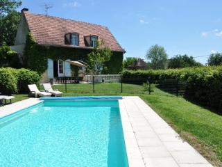 LA MAISON DU PARC - Beaune vacation rentals
