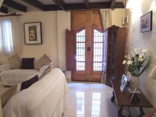 House of Peace - Lliber vacation rentals