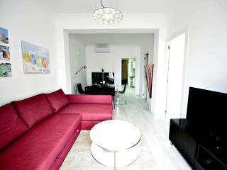 NiM Sagrada Familia 2 - Barcelona vacation rentals