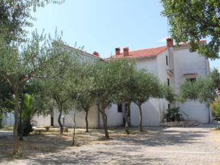 Zeno 5 Apartment for 5 persons with a balcony - Novalja vacation rentals