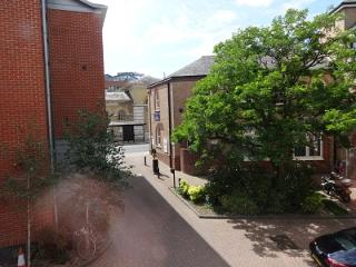 Self-contained flat in the centre of Winchester - Timsbury vacation rentals