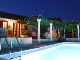 Countyside Holiday House With Private Pool - Grohote vacation rentals