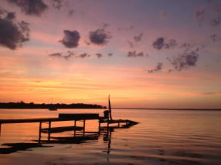 Awesome 3 Bedroom Oneida Lake House -Waterfront Retreat - Cicero vacation rentals