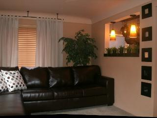 Cincinnati fully furnished 2 bdrm relocation apt - Cincinnati vacation rentals