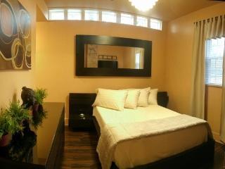 Budget fully furnished 1bdrm Cincinnati apartment - Cincinnati vacation rentals