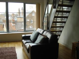 Loft apartment Popeshead Court York city centre - York vacation rentals