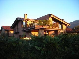 LA FOLAGA - Gavirate vacation rentals