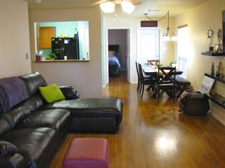 Buddy's Hangout- 2 miles to TAMU & D.T. Bryan - College Station vacation rentals