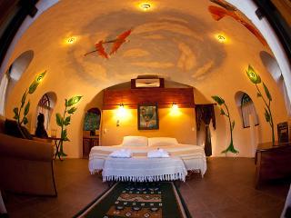 DOME HONEYMOON SUITE - Quepos vacation rentals