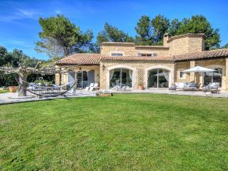 WONDERFUL MAS PROVENCAL - Les Baux vacation rentals