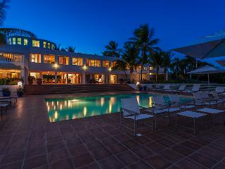 Villa Paradise at Cul De Sac, Anguilla - Oceanfront, Pool, Has Been A Hideaway For Celebrities And R - Limestone Bay vacation rentals