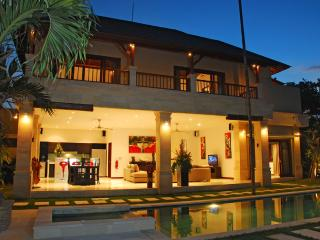 Villa Zanissa - Four Bedroom Villa - Maumelle vacation rentals