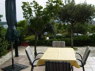 Apartment for 6 persons - Rab Town vacation rentals