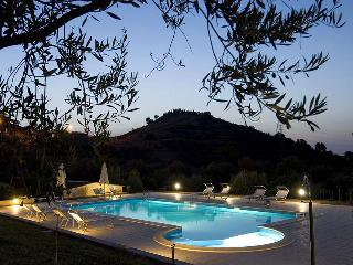 Casa degli Ulivi 1 - Patti vacation rentals