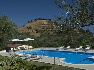 Casa degli Ulivi 2 - Patti vacation rentals