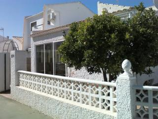 Detached corner plot,3bed 2bath on one level. - San Javier vacation rentals
