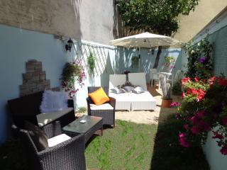 LUXURY DOMUS - Rome vacation rentals
