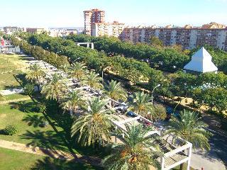 Centric, Bright, Fabby Condo Huelva - Cartaya vacation rentals