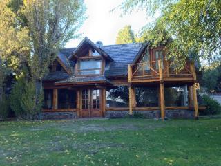 Bariloche Cabañas on the lake - San Carlos de Bariloche vacation rentals