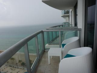 Marenas Resort Luxury 1/1 BDR ON 20TH FL - Sunny Isles Beach vacation rentals