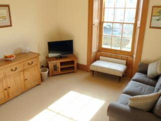 St Andrews area sunny apartment with parking - Anstruther vacation rentals