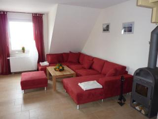 Vacation Apartment in Rerik - 1076 sqft, high-quality, large, ideal (# 5261) - Mecklenburg-West Pomerania vacation rentals
