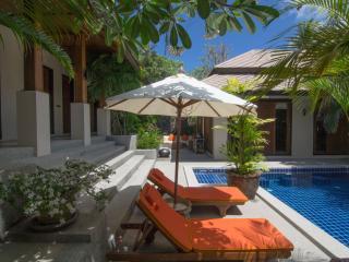 Peaceful Spa resort villa with tropical magic - Choeng Mon vacation rentals