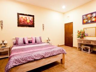 Kasih Villa - CHEAP BEACHSIDE PRIVATE POOL VILLA - Legian vacation rentals