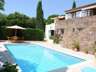 Provencal house with swimming-pool and sea view - Cavalaire-Sur-Mer vacation rentals