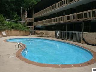 Cheapest Condo In Gatlinburg, Check MAY SPECIALS - Gatlinburg vacation rentals