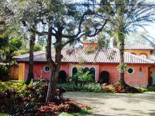 Charming Plantation Guest House - Weston vacation rentals