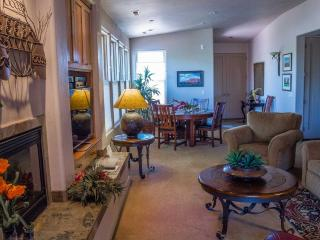 Entrada Gated Immaculate 2 Bedroom 2 Bath Home - Saint George vacation rentals