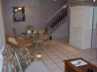 Living/dining Rm - All booked for this Dec. and Jan. - Pompano Beach - rentals